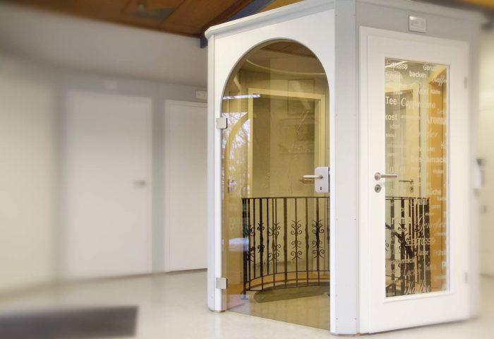 Zimmertüren in Weiß und aus Glas